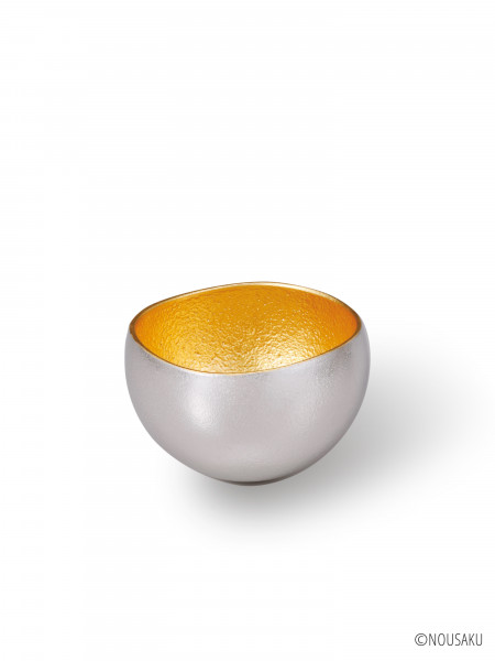 """The Sake Cup """"Yure"""" Gold"""