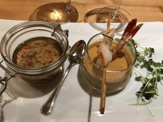 Suppen Variation - Kräftige Ochsenschwanzconsommé mit feiner Einlage und Pressknödel, Würziges Süppchen vom roten Curry an Garnele