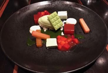 Shisokresse-Eis - Rharbarber, Erdbeere, Macha, Mak Kenn Pfeffer, Shisokresse-Eis